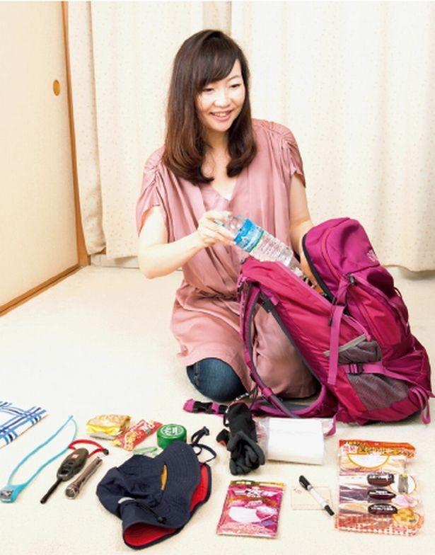 一次避難バッグには、災害発生後の必需品をコンパクトに