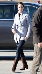 キャサリン妃、12年間愛用するブーツがカナダでも活躍!