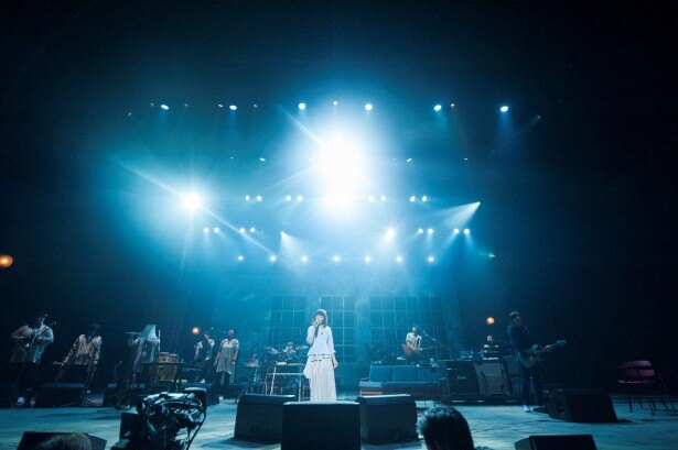 「Every Little Thing 20th Anniversary Best Hit Tour 2015-2016 ~Tabitabi~」より