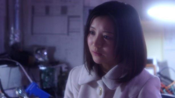 【写真を見る】元アイドリング!!!の長谷川るみが女子大生役で出演