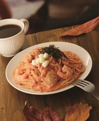 「パスタ 海老とホタテのトマトクリーム」(単品770円、ドリンクセット980円)