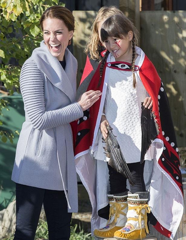 カナダでキャサリン妃はファッションセンスを存分に見せつけた