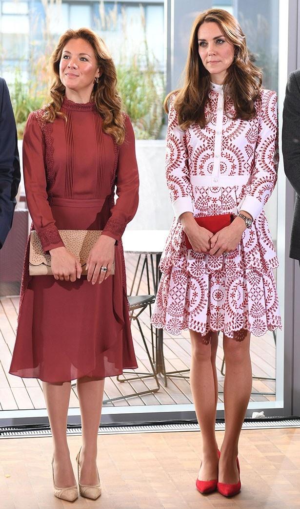 元モデルのソフィー首相夫人とキャサリン妃のファッション比較が話題になっていた