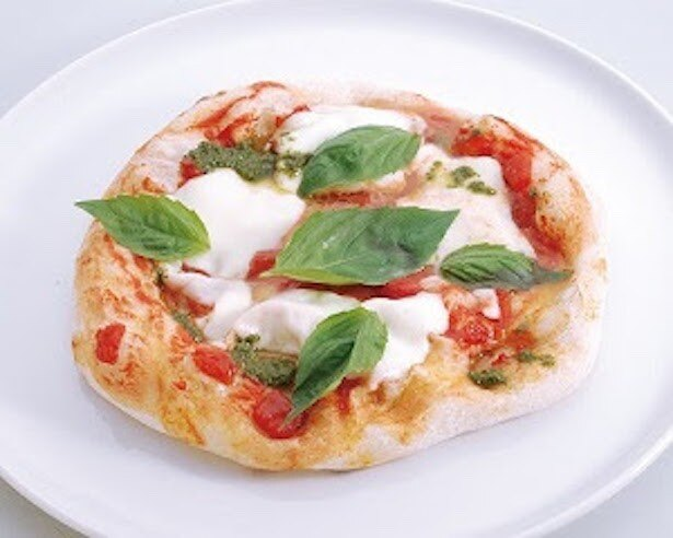 ピザの定番マルゲリータは、シンプルながらも王道の味