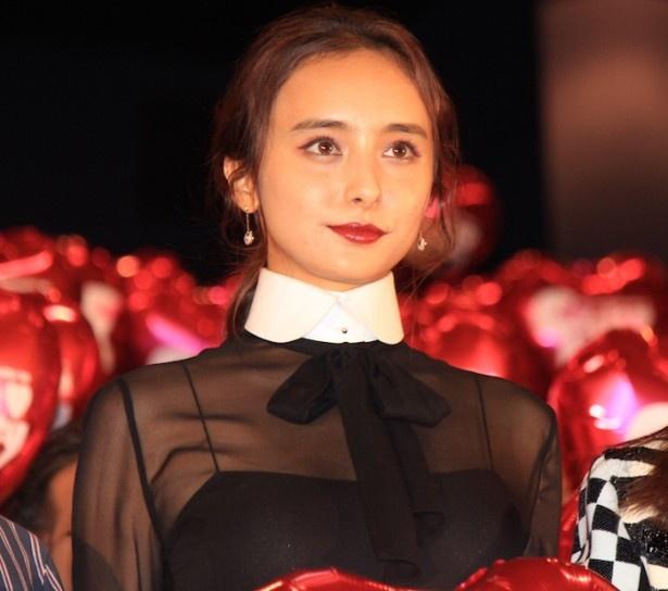 『CUTIE HONEY -TEARS-』初日舞台挨拶に登場した石田ニコル