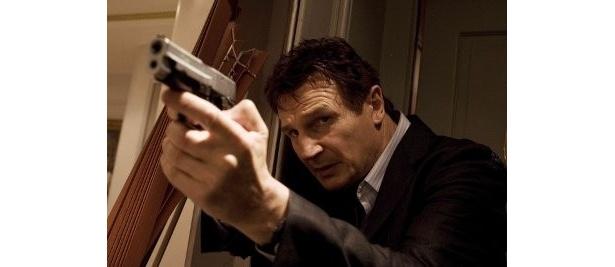 娘を救うためなら手段を選ばない元CIA秘密工作員がなせるワザ!