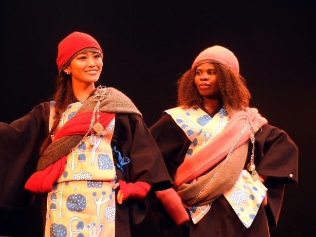 「AAPPARE(アッパレ)」ブランドによる日本とアフリカを融合させたファッションショー
