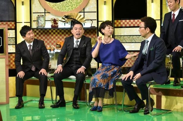 【写真を見る】古舘の喋りっぷりに新レギュラーの阿川佐和子も困惑!?