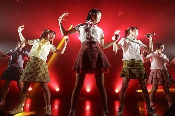 9月28日、神宿が結成2周年記念ライブ「神が宿る場所~2周年! 夢の扉をこじ開けるまで~」を行った