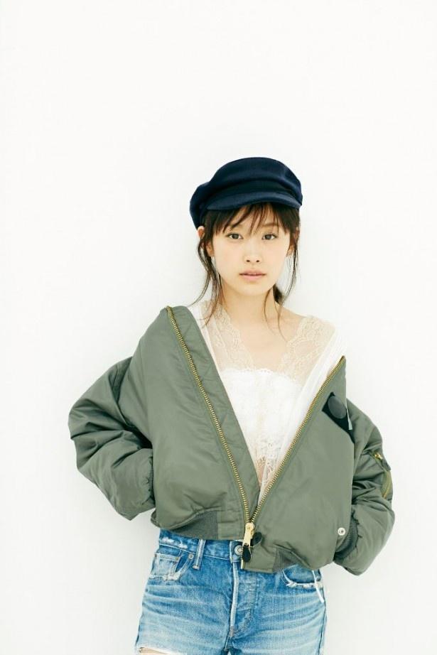 【写真を見る】高橋愛が昭和アイドルヒット曲のジャズアレンジに初挑戦!