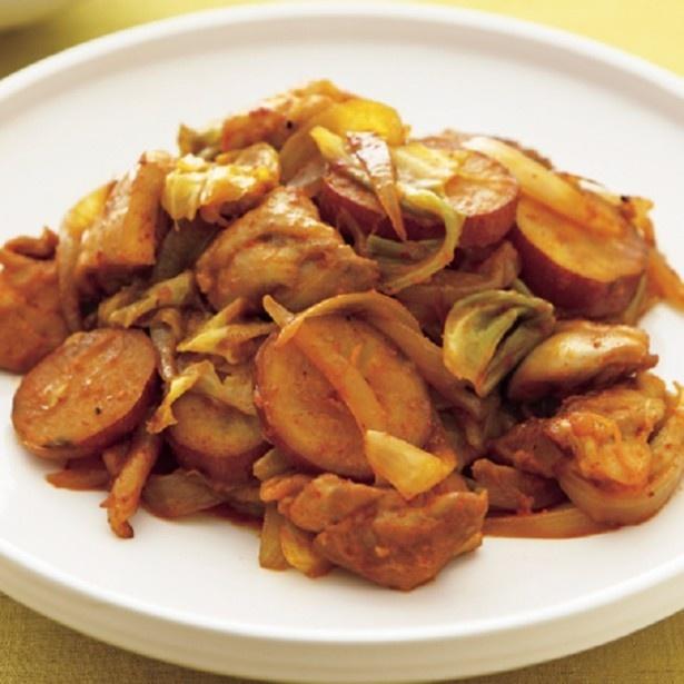【写真を見る】野菜もモリモリ食べられる「タッカルビ」。男性受けもバツグンです