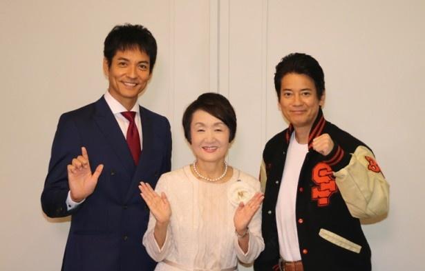 林文子横浜市長(中央)のもとを表敬訪問した唐沢寿明(右)と沢村一樹(左)