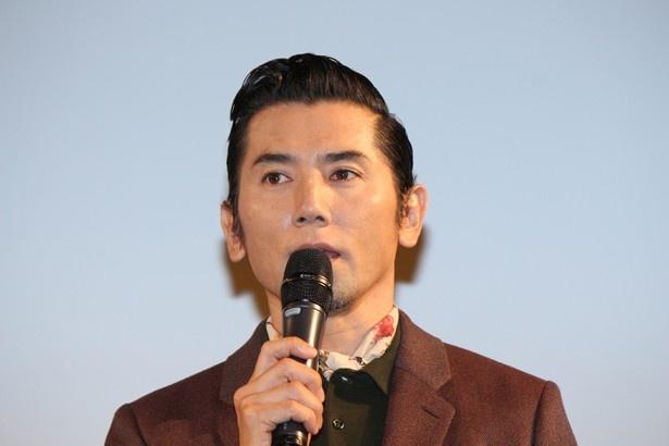『永い言い訳』の試写会イベントに登場した本木雅弘