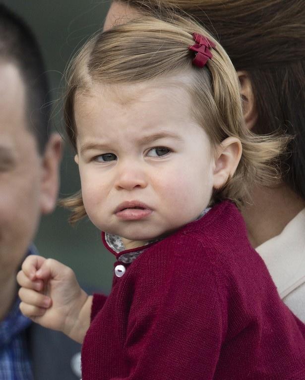シャーロット王女は英国王室の伝統的な顔立ち?