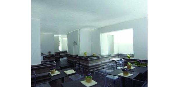 店内イメージ。オープン時には、人気左官・久住有生らが塗り上げた土壁になる