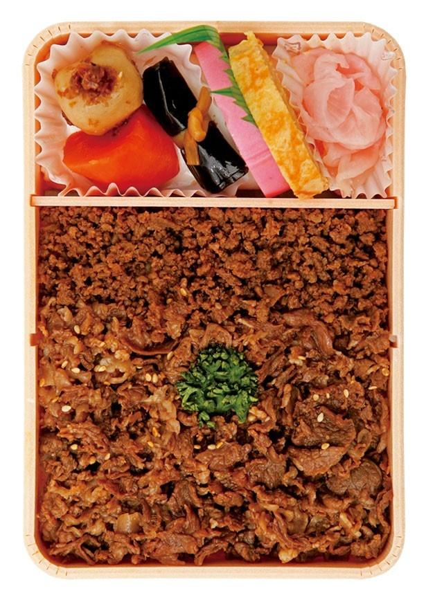 2013年1位の「牛肉どまん中」(山形県)。山形県産米「どまんなか」に牛そぼろと牛肉煮をのせた牛丼風弁当