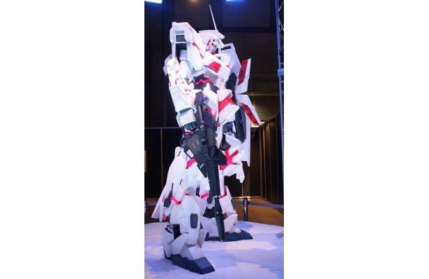 RX-0ユニコーンガンダム(デストロイ・モード)