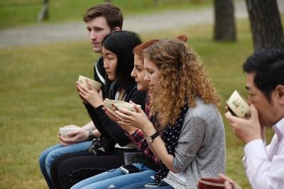 外国人や茶道初心者に人気の大茶会