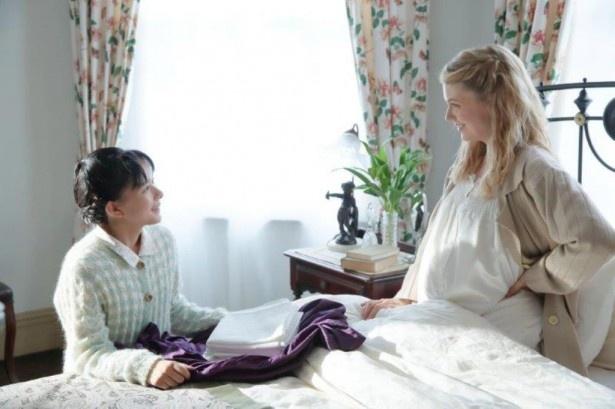 芳根京子とシャーロット・ケイト・フォックスが朝ドラで共演!