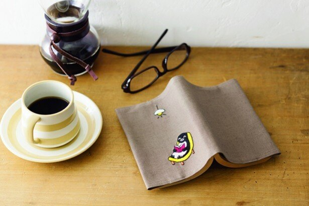 「Suicaのペンギン刺繍」作品イメージ。