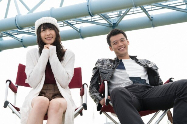 【写真を見る】桜井日奈子は、作中で今ドキな天然娘・菜々子を演じる