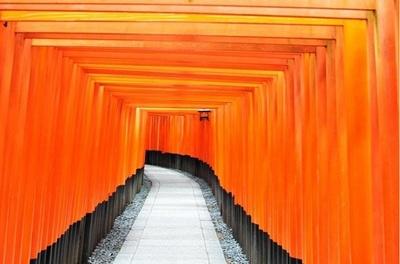 2位に入った日本伝統の建築物である「伏見稲荷大社」