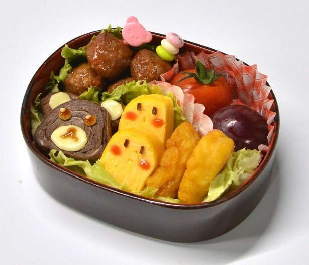 【写真を見る】「チョコたま」を使った卵焼きで作ったクマさん。キャラ弁の素材やいつもの弁当のアクセントにも使えそう
