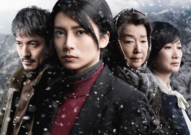 「ABC創立65周年記念スペシャルドラマ『氷の轍』 」に出演する(写真左から)沢村一樹、柴咲コウ、宮本信子、余貴美子