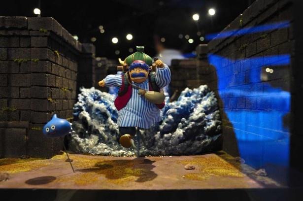 「天空のジオラマギャラリー」ではドラゴンクエスト4、5、6の世界を海洋堂によるジオラマで再現。リアルで臨場感ある作品で、ゲーム世界を疑似体験できる