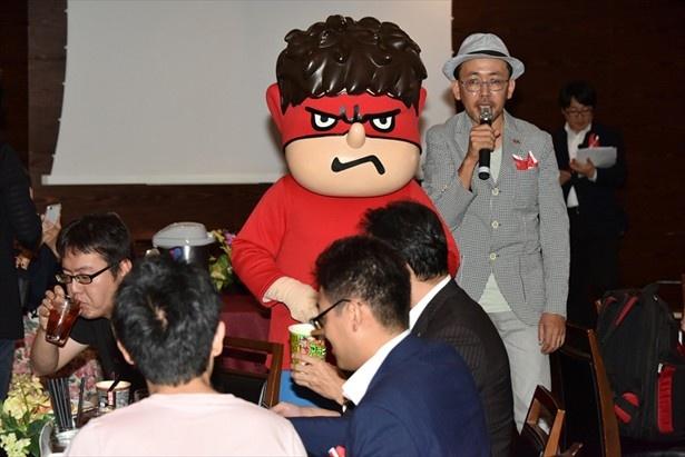 イベントの盛り上がりに吉田くんもご機嫌?
