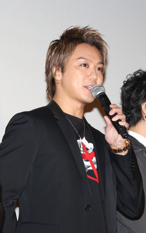「オーラと下ネタで包んでいただいて(笑)」と斎藤とのエピソードを明かすTAKAHIRO