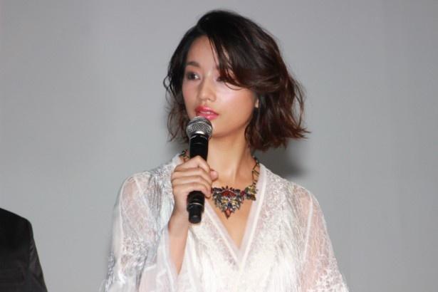 犀原茜役の高橋メアリージュン