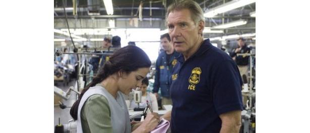 ハリソン・フォードが移民局の捜査官を演じた社会派ドラマ『正義のゆくえ I.C.E.特別捜査官』
