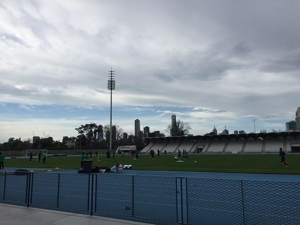 【写真を見る】オーストラリア代表戦に向けて、メルボルンで練習をする日本代表