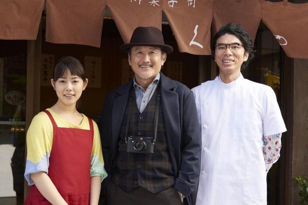 放送決定したスペシャルドラマ「東京センチメンタル」の現場での高畑充希、吉田鋼太郎、片桐仁