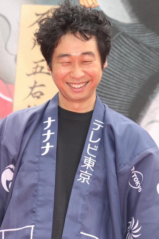 前野は「京都の撮影では、濃い眉毛のメークのままで海老蔵さんとご飯に行ってました」