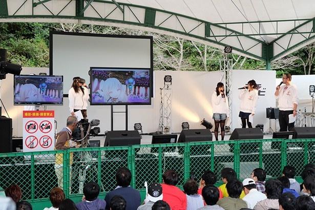 ステージでVR実演やモーションキャプチャーにもトライ。新しさを感じた「Hop Step Sing!」初イベントinマチ★アソビ