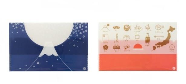 はがきや切手、パンフレットやチケットの半券なども持ち歩ける便利なファイル「おたよりケース」(各420円)