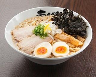 らぁ麺 紫陽花の醤油らぁ麺(730円)