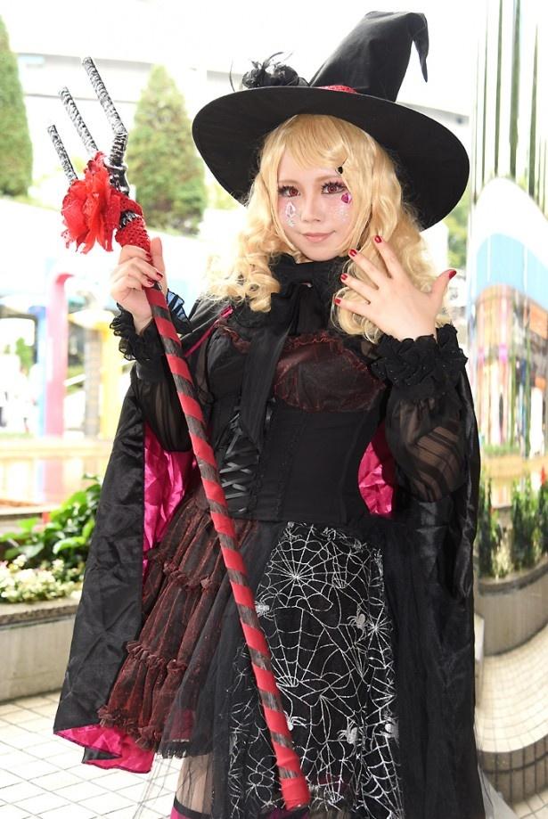ハロウィン衣装のコスプレ美女も!大盛況となった「NEWレイヤーズ★パラダイス」リポート