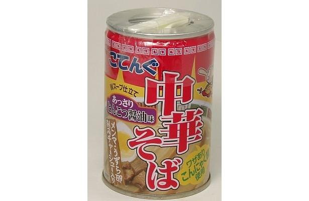 「小天狗ラーメン缶詰 中華そば」(¥315)は、コンニャク麺。賞味期限3年