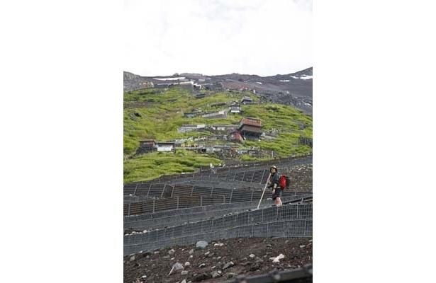 コツはゆっくり登ること!富士登山する女子が急増中