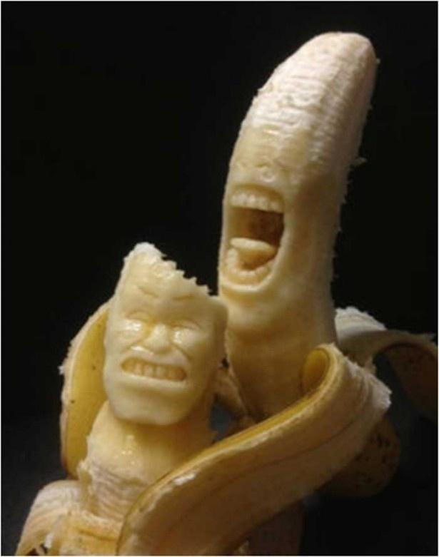 バナナなのにアートな、バナナ彫刻は驚きの精巧さ
