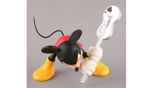 2007年8月登場「VCD Guitar Mickey」(5040円) ※現在も発売中