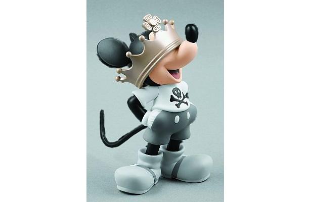 2008年4月登場「VCD Crown Mickey」(5040円) ※現在も発売中