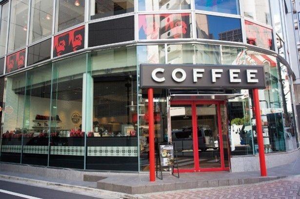 【写真を見る】「GORILLA COFFEE」の渋谷店外観