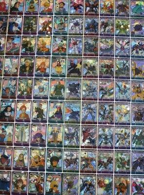 森永製菓では、「ガンダム総集編30THアニバーサリーウエファーチョコ(20コ入り1セット)を販売。購入すると会場限定カードを1枚もらえる(限定数)