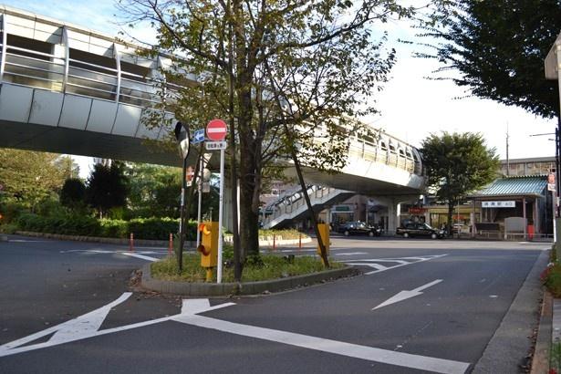 清瀬駅と大型スーパーを結ぶペデストリアンデッキ