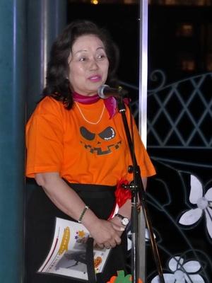 来賓を代表してあいさつする石倉加代子宝塚市議会議長