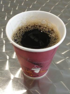 少し肌寒いときの休憩に重宝する、有機ホットコーヒー¥300
